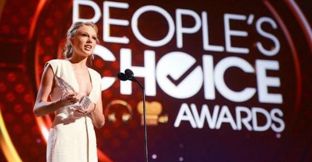 taylor_swift_peoples_choice_award-e1469056174855